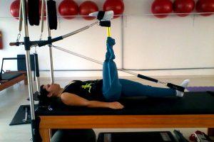 pilates e acessibilidade - tesoura
